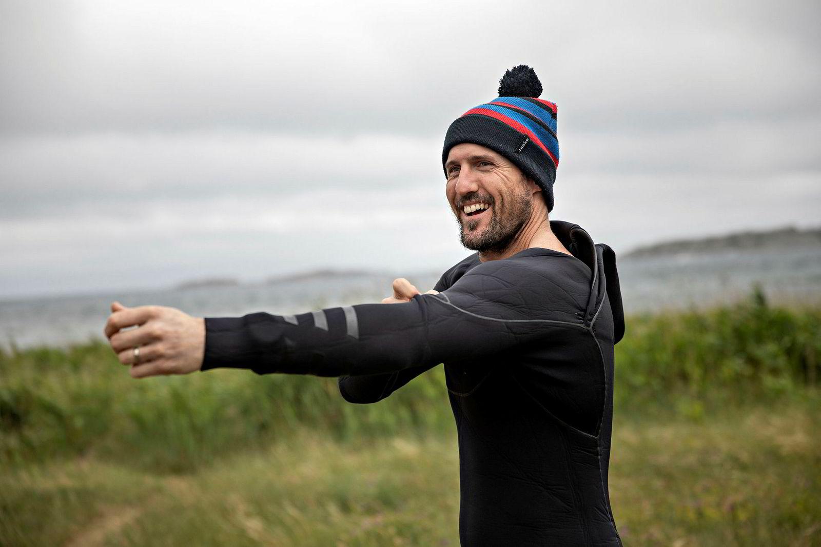 Blaze Coles har fått fri fra familielivet for ettermiddagen. For han er kiting den perfekte kombinasjonen av sporter som tar opp i seg elementer både fra surfing og wakeboarding.