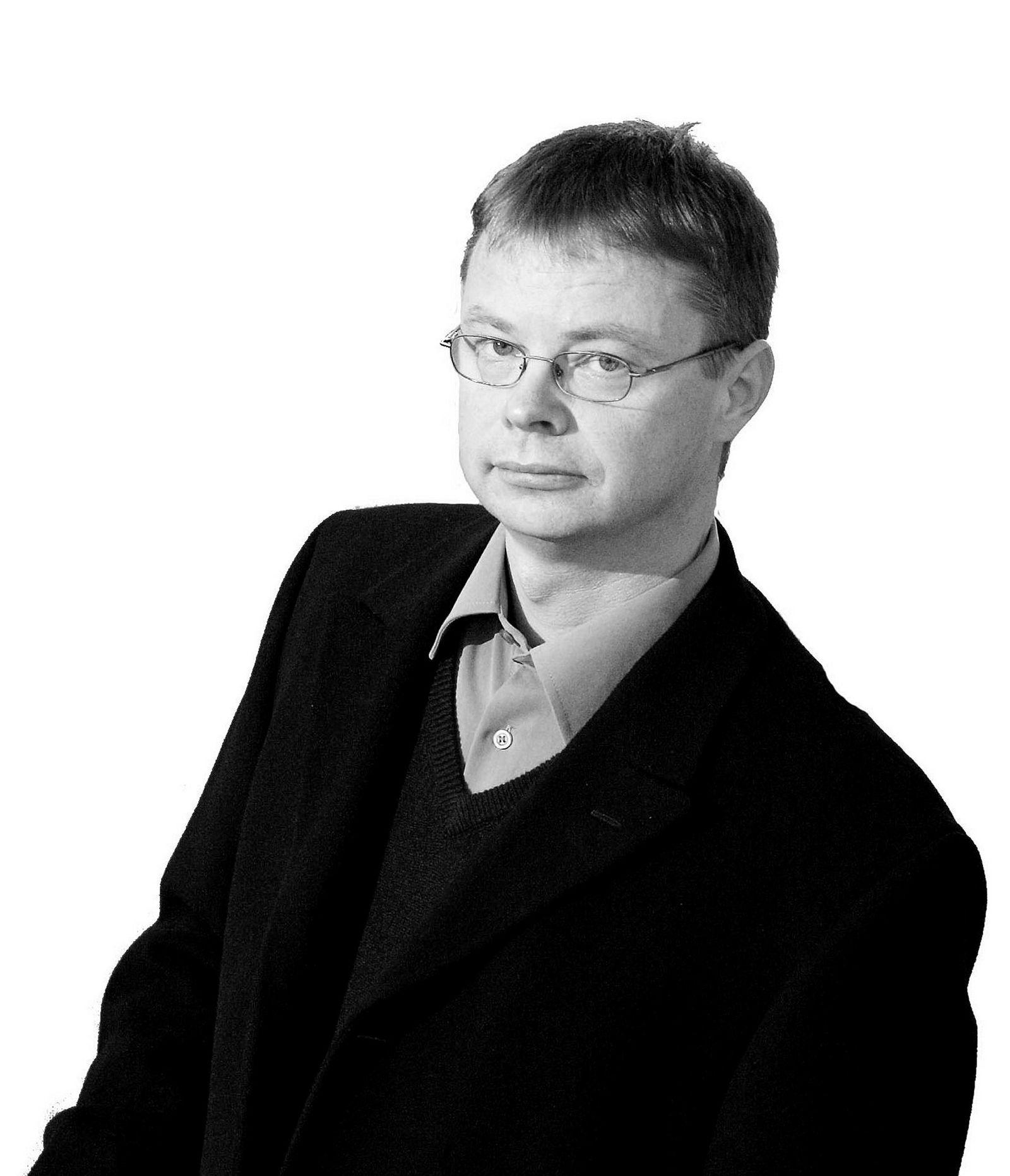 Petter Bjerksund,  professor ved Norges Handelshøyskole.