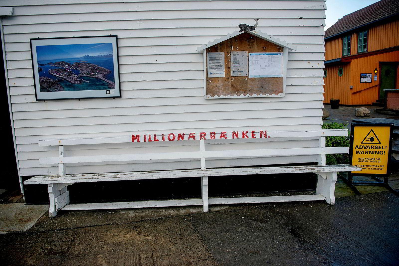 Millionærbenken ved Skrova skipsekspedisjon.