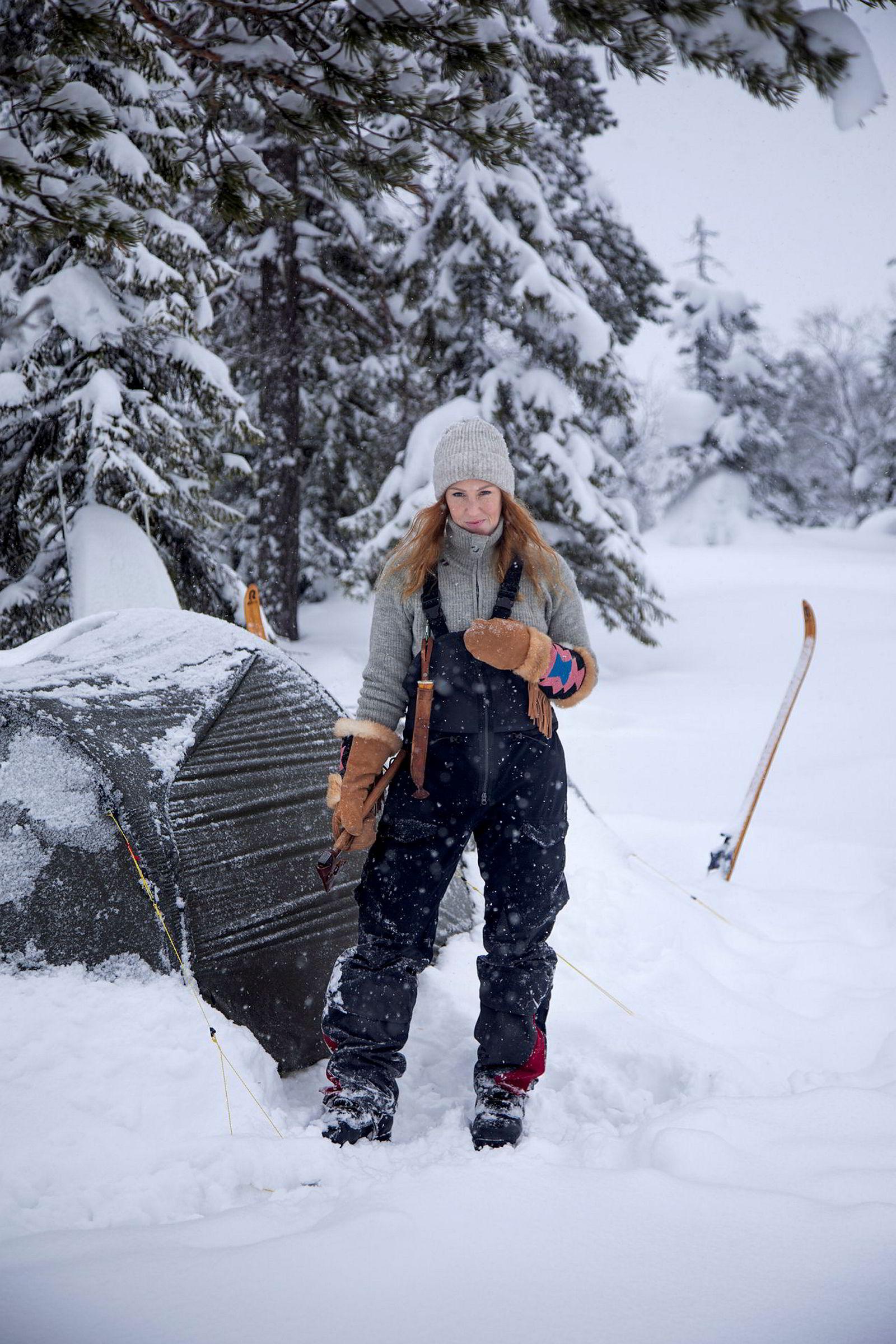 Bodil Gilje elsker teltlivet. Hun stikker mer enn gjerne ut i vinterkulden for å overnatte i soveposen.