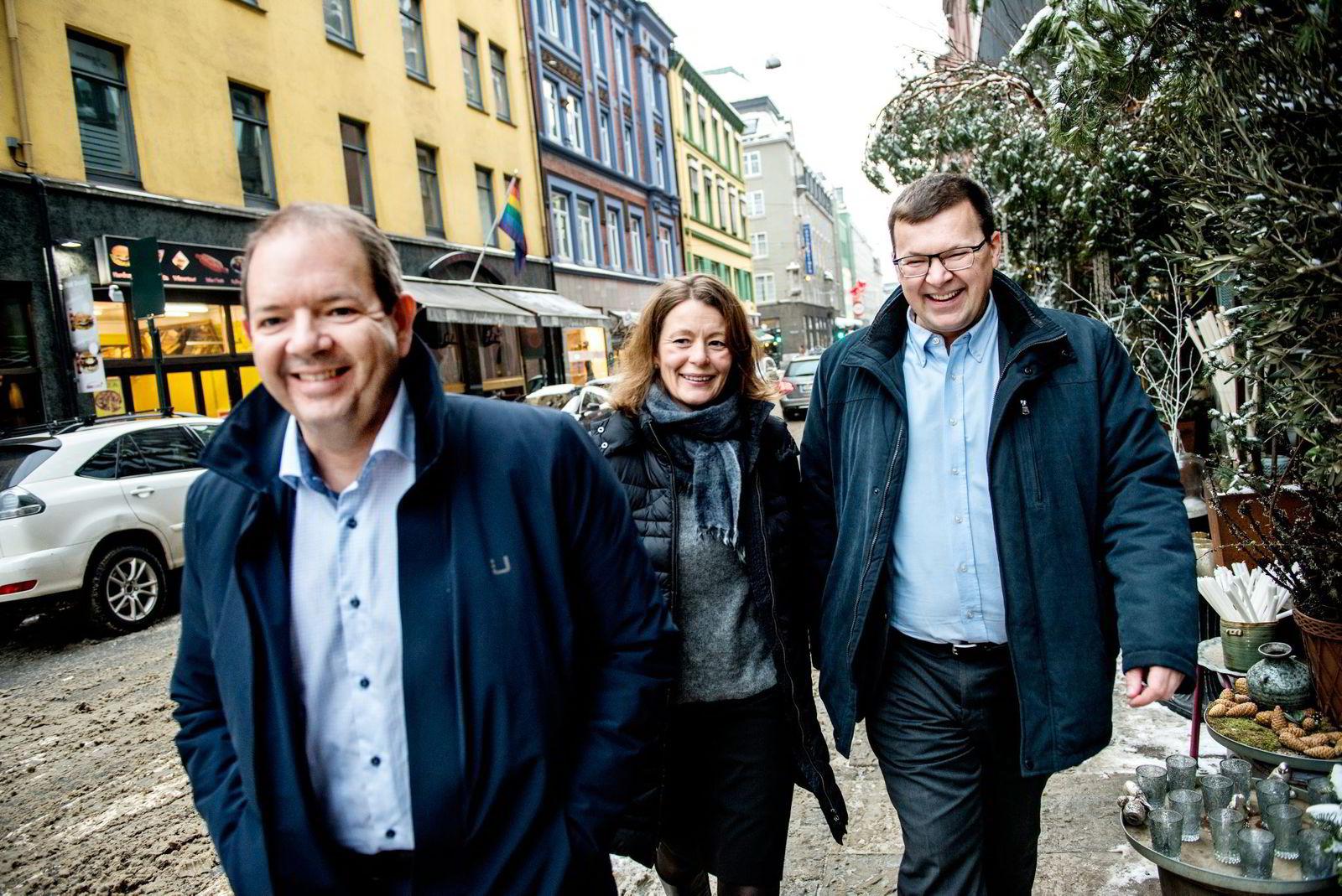 Gründer og daglig leder Christian Mide (til venstre) og markedsdirektør Jan Arne Jakobsen har hentet 89 millioner i en fersk emisjon. Her med daglig leder i Oslo Medtech, Kathrine Myhre. Foto: Klaudia Lech