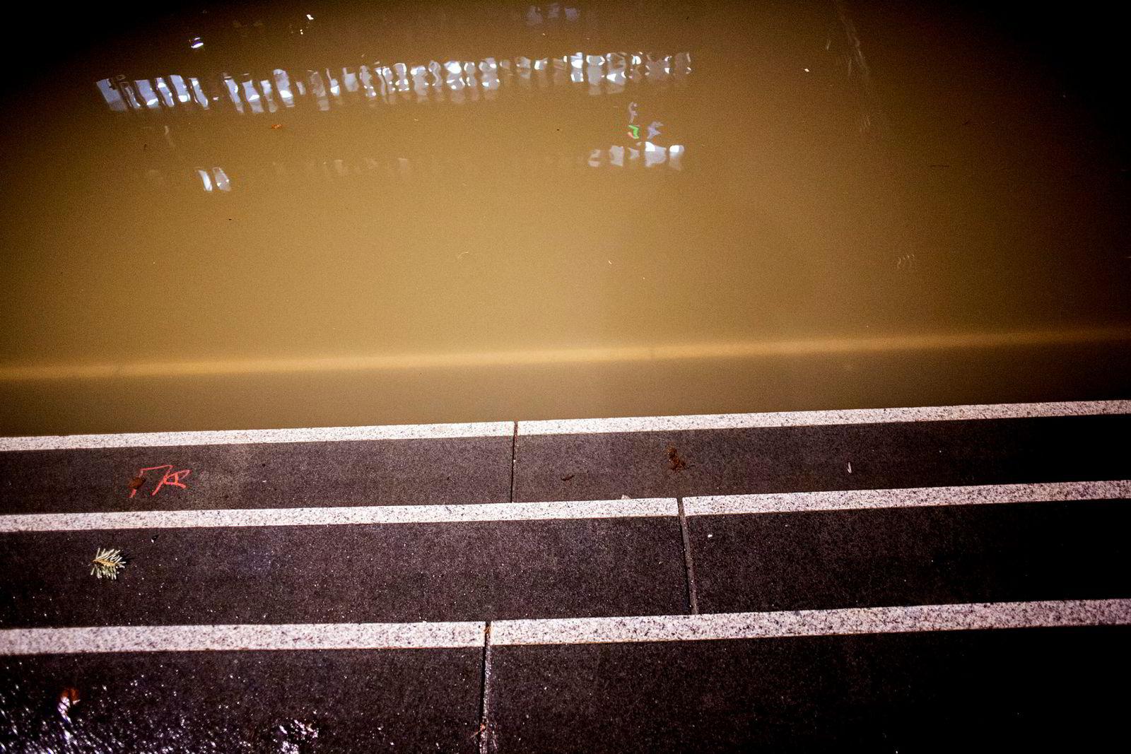 Trappeløp gikk direkte ned i Akerselven natt til onsdag.