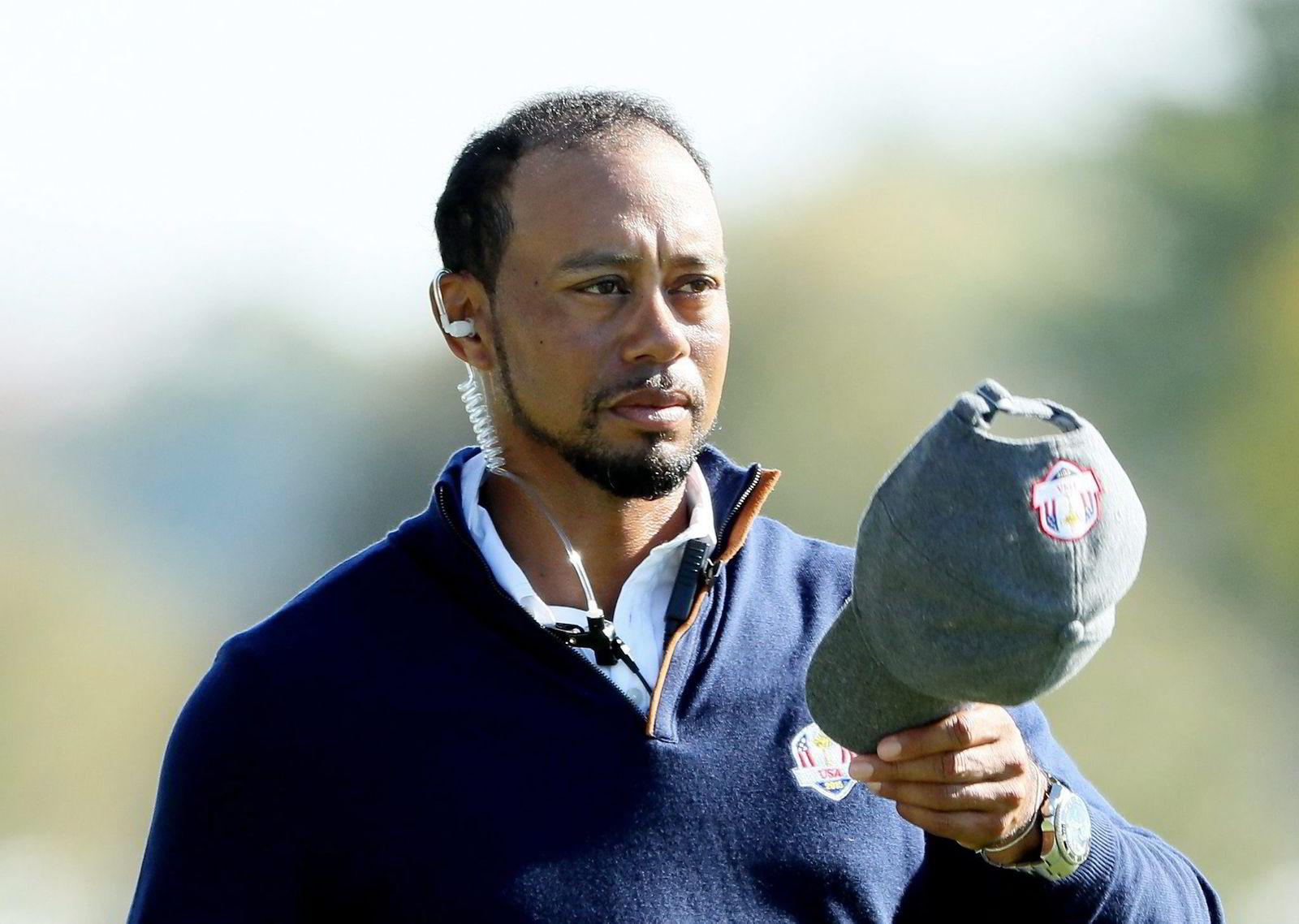 Selskaper som Gillette, Gatorade og TAG Heuer droppet Tiger Woods etter at utroskapshistorier begynte å florere i 2009. Nike sto ved sin store stjerne.