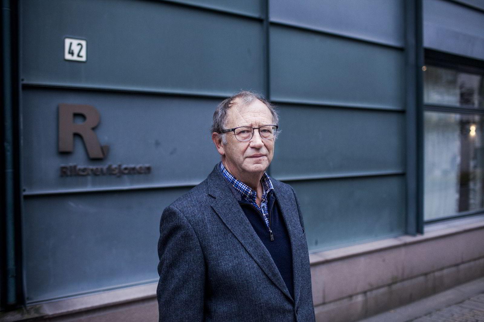 Ekspedisjonssjef i Riksrevisjonen Per Anders Engeseth har reagert på Kunnskapsdepartementets manglende oppfølging av Anthon B Nilsen-saken.