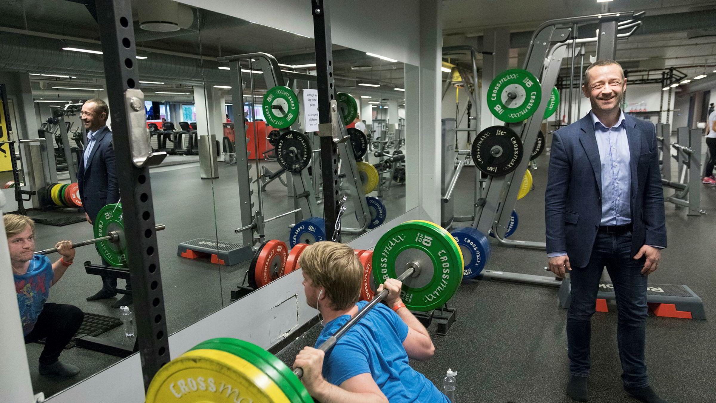 Administrerende direktør i Fresh Fitness, Paal Hansem, her på treningssenteret på St. Hanshaugen, i Oslo er en av dem som har vært med på en endre treningsbransjen de siste årene.
