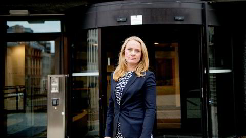 Arbeidsminister Anniken Hauglie sier det er for tidlig å felle en dom over regjeringens loveendring som ga generell adgang til å bruke midlertidige ansettelser.