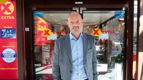 Kommunikasjonsdirektør Bjørn Takle Friis i Coop reagerer på måten Kiwi kommuniserer kampanjen på.