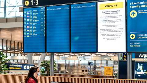 Koronakrisen førte til en nær total stans i kommersielle flyvninger. Nå er flere land i ferd med å lempe på reiserestriksjoner og karanteneregler, men reiselysten kan det ta tid før er tilbake.