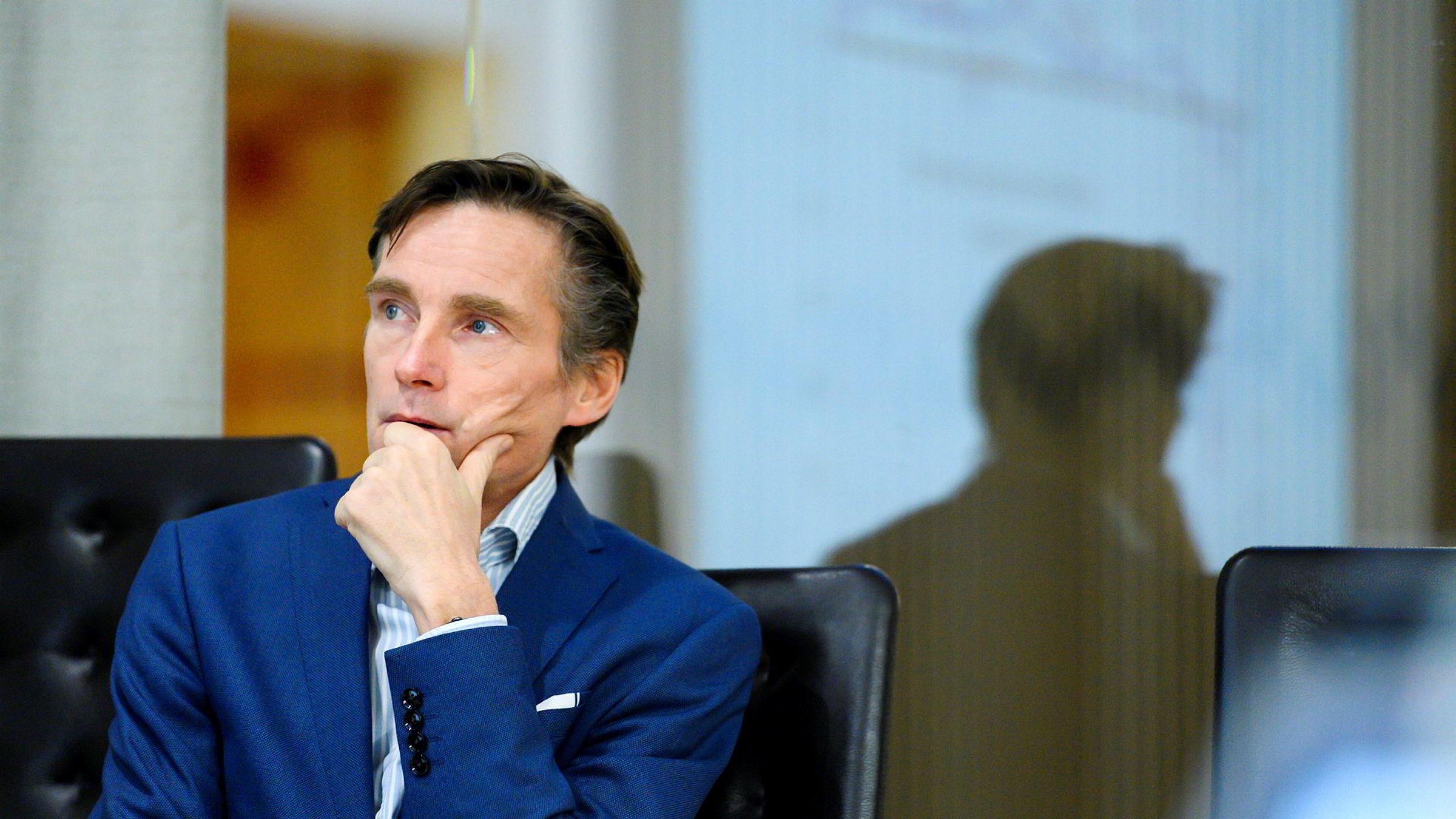 Investeringsdirektør i Nordea, Robert Næss, samler data fra prisantydninger på Finn for å ligge foran de offisielle statistikkene.