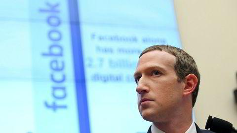 Facebook-sjef Mark Zuckerberg i forrige uke, under en høring i den amerikanske Kongressen.