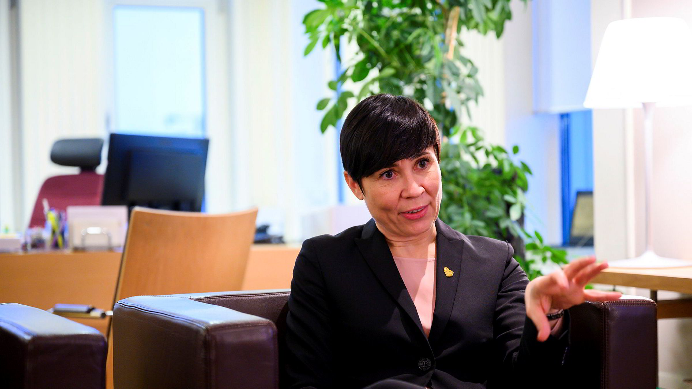Utenriksminister Ine Eriksen Søreide tar gjenvalg til Stortinget.