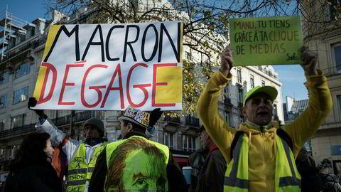 De gule vestene demonstrerer mot president Macron og elitene i Paris. Macron har varslet at den franske eliteskolen ENA kan bli erstattet med noe som fungerer bedre.