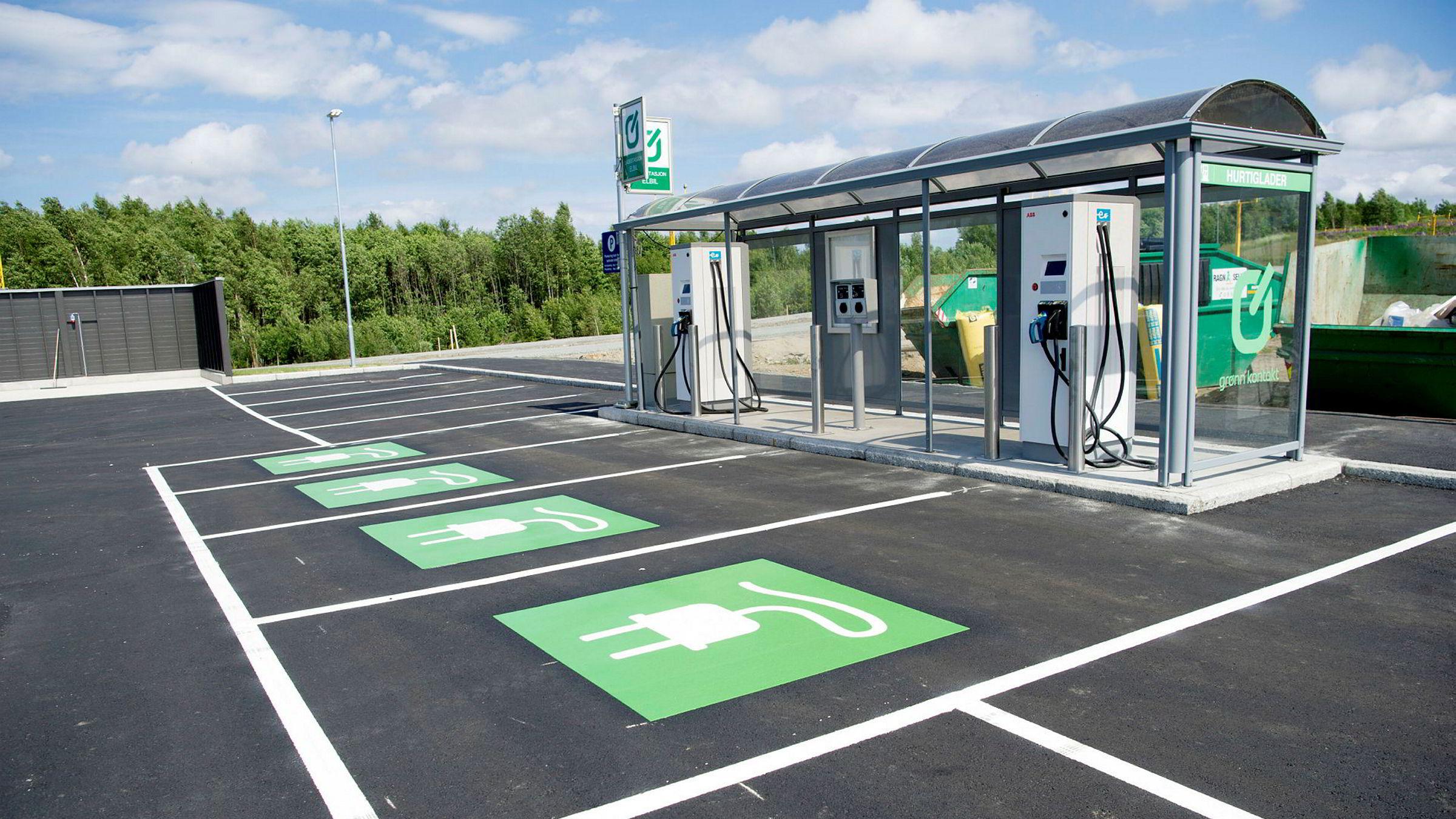 Elektriske varebiler slipper å betale bompenger fra og med 1. mars 2020.