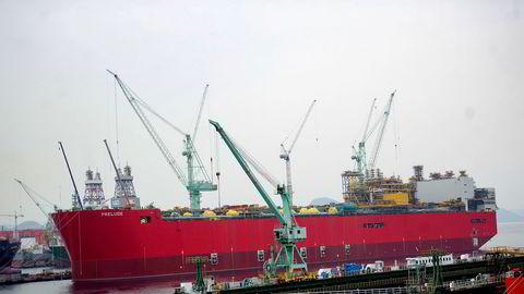 Levering av deler og reparasjonstjenester til skipsfarten kan bli forsinket. Verft i Kina, Sør-Korea, Singapore og Tyrkia er pålagt restriksjoner som kan øke reparasjonstiden betydelig, og skipets inntektstap kan være dekket av forsikringer, skriver artikkelforfatteren. Her fra et av Samsungs verft i Sør- Korea.