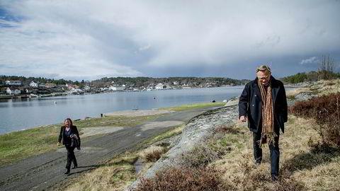 Arkitekt Rune Breili er nå korrupsjonstiltalt etter at Økokrim finkjemmet byggesakene i tidligere Tjøme kommune. Her er han sammen med sin forsvarer Vibeke Hein Bæra.