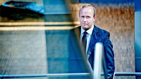 Hans Thrane Nielsen i Storebrand Asset Management er aksjonær i Equinor og vil ha åpen høring i Stortinget.
