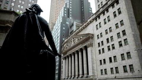 Stemningen er dyster om dagen her på New York-børsen (Nyse) på Wall Street i New York.