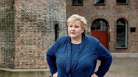 Statsminister Erna Solberg erkjenner at rause økonomiske tiltak kan friste noen som vil utnytte systemet. Men kontrollen vil bli sterkere etter hvert.