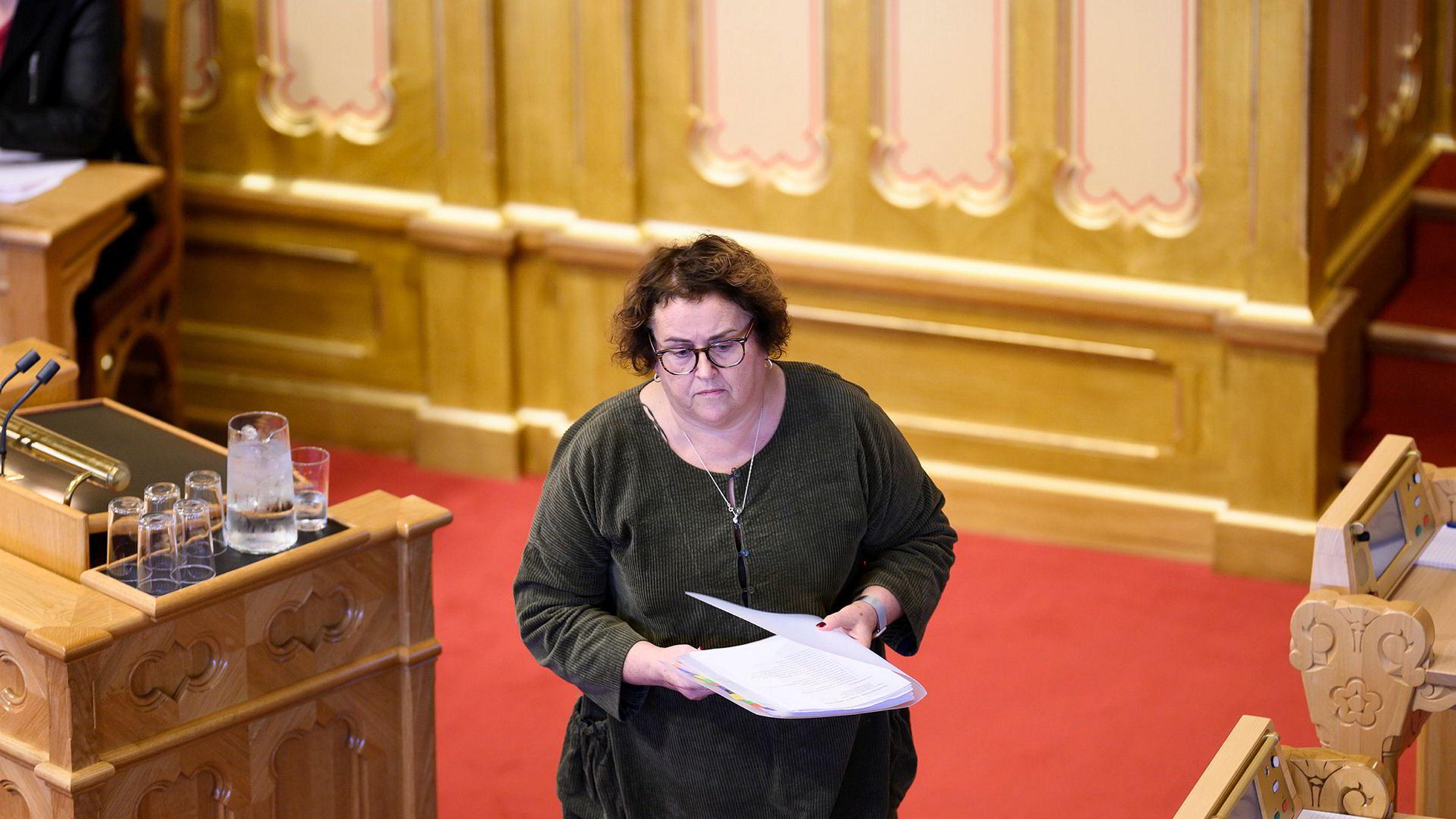 Landbruks- og matminister Olaug Bollestad hadde en statssekretær på streif å håndtere da hun møtte i Stortingets spontanspørretime.