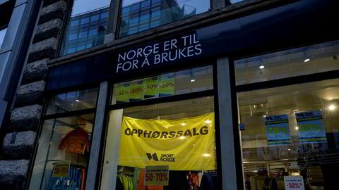 I et halvt år var det opphørssalg i denne Sport Norge-butikken før selskapet bak begjærte seg konkurs. Tidligere hadde Sport 1 en tapstynget butikk i det samme lokalet.