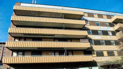 Oslo kommune bør ta vare på den boligporteføljen den besitter fremfor å kjøpe nytt. Her kommunens bygg i Hagegata 20.