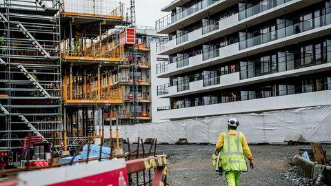 Fagorganiserte streiker onsdag og krever forbud mot bemanningsbyråer i byggebransjen.