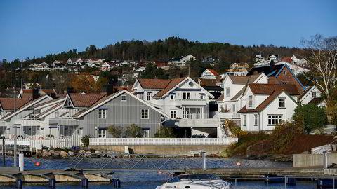 Investering, salgsvekst og lønnsomhet falt i små og mellomstore bedrifter der eierne ble utsatt for formuesskatteøkningen på boliger i årene 2006-2010, skriver BI-forskerne i innlegget. Her fra Drøbak.