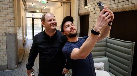 Gründer og investor Daniel Caetanya Fossum (t.h.) og rekrutterer Erik Falk Hansen fikk begge diagnosen bipolar i januar 2017.