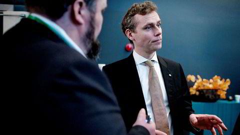 Tidligere olje- og energiminister Ola Borten Moe mener miljøstiftelsen Bellona utfordrer folkestyret ved å klage inn en norsk skattefordel for oljenæringen i Esa.