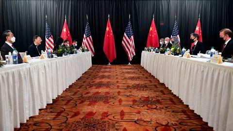 Det var lite som minnet om diplomati da toppdiplomatene fra USA og Kina møttes i Alaska på torsdag. Beskyldningene haglet mot hverandre.