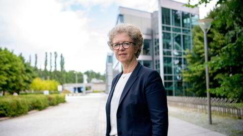 Ap-leder Jonas Gahr Støre liker ikke Hydro-sjef Hilde Merete Aasheims salg av valseverkene. Spørsmålet er hva han mener regjeringen skulle gjort med saken.
