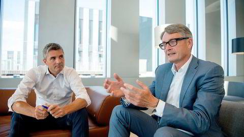 Cognite-grunnlegger og administrerende direktør John Markus Lervik (t.v.) sammen med Aker-sjef Øyvind Eriksen. Sistnevnte er også styreleder i Cognite.