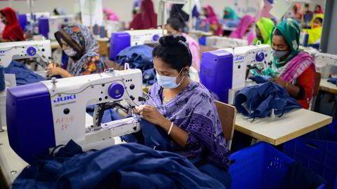 I Bangladesh produseres klær for hele verden. Klesindustrien er den fjerde største utslippskilden til CO2 i EU og står for 10 prosent av utslippene på verdensplan.