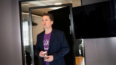 Kahoot-sjef Eilert Hanoa avbildet i forbindelse med selskapets overgang til Oslo Børs' hovedliste i slutten av mars i år.