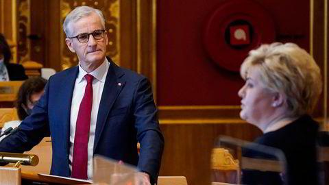 Partileder Jonas Gahr Støre (Ap) skal etter DNs opplysninger ikke ønsket å hjelpe statsminister Erna Solberg (H) med å sikre flertall for en handelsavtale mellom Norge og Storbritannia.