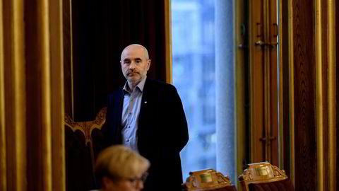 Dag Terje Andersen (Ap) vil ha høring om Olje- og energidepartementets oppfølging av Equinor i kontroll- og konstitusjonskomiteen. Han er leder av komiteen.