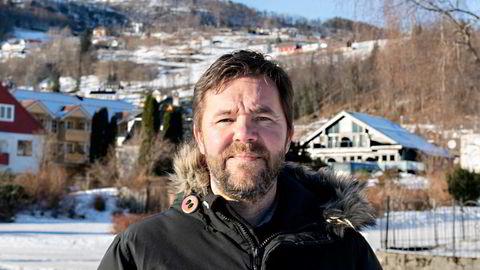 Hans Petter Thorbjørnsen (Ap) er ordfører i Ulvik kommune, som er kraftig smitta av koronavirus.