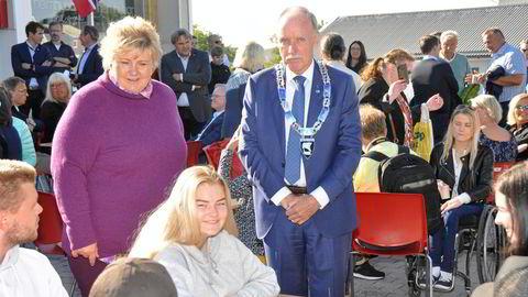 Bø-ordfører Sture Pedersen med rent Høyre-flertall i kommunestyret fikk besøk av statsminister Erna Solberg noen uker før valget, men en rødgrønn regjering har varslet oppgjør med Høyres utstillingsvindu i nord.