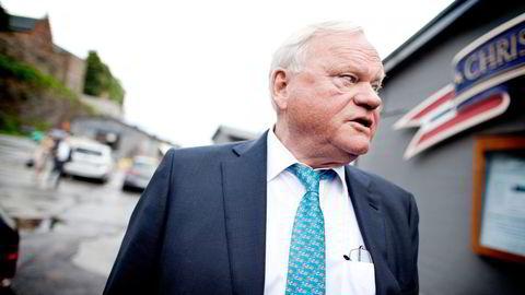 John Fredriksens Seadrill har skrevet ned verdien på riggene sine med hele 25 milliarder kroner i andre halvår. Selskapet forventer ingen opptur før i 2022, og sier sannsynligheten for å skrote rigger har økt.