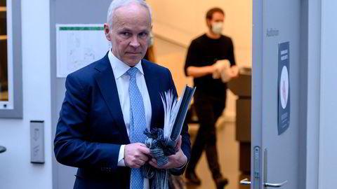 Finansminister Jan Tore Sanner (H) vil at Oljefondet skal være investert i færre selskaper fremover.