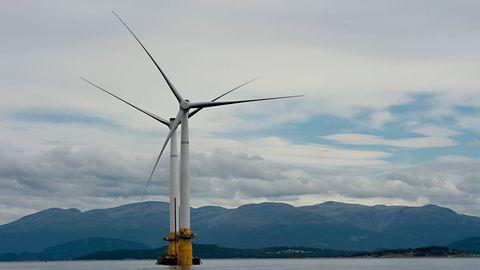 Utbyggingen av havvindprosjektet Sørlig Nordsjø II blir en politisk nøtt for samarbeidspartnerne på rødgrønn side hvis de vinner valget. Her bilde fra Equinors enorme havvindprosjekt i Skottland.
