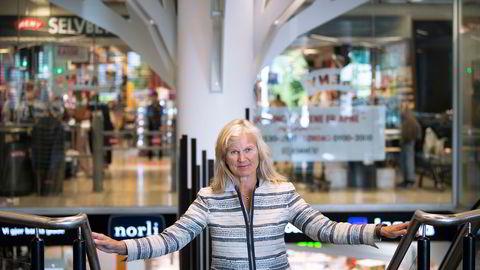 Administrerende direktør i NHO Reiseliv Kristin Krohn Devold karakteriserer nedstengningen i Oslo som et mareritt særlig for serveringsbransjen.