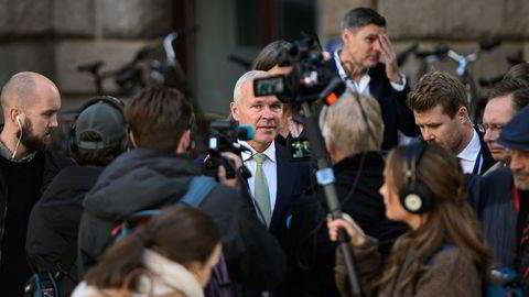 Blir det mer eller mindre penger i lommeboken i neste års statsbudsjett? Finansminister Jan Tore Sanner på vei for å legge fram statsbudsjettet 2022 for Stortinget.