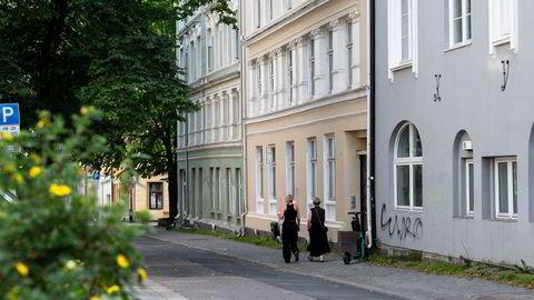Økte renter vil dempe husholdningens kjøpelyst i boligmarkedet fremover, venter DNB Markets.