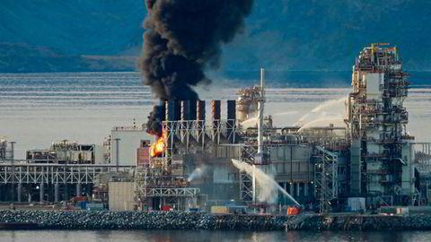 Brann i LNG-anlegget til Equinor på Melkøya utenfor Hammerfest i september. Foto: Bjarne Halvorsen / NTB