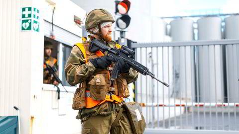 Sør-Hålogaland Heimevernsdistrikt 14 i Mosjøen under øvelse på objektsikring. Hva skal ambisjonsnivået være for HV fremover? spør artikkelforfatteren.
