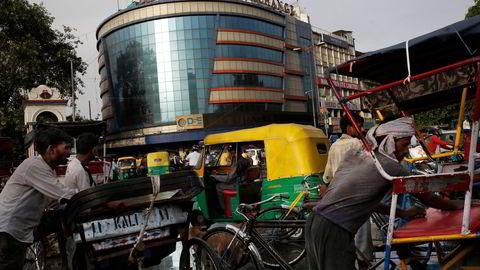 Det settes nye rekorder ved børsene i India – til tross for store problemer for den indiske økonomien.