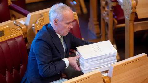 Avtroppende finansminister Jan Tore Sanner legger tirsdag frem nytt forslag til statsbudsjett.