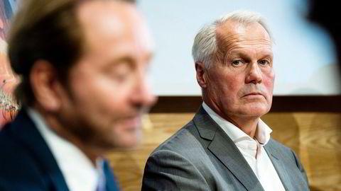 Gustav Witzøe (til høyre) og familie er hovedeier i Salmar, som igjen er hovedeier i Salmar Aker Ocean. Til venstre; Kjell Inge Røkke, som gjennom Aker, satser sammen med Witzøe. Selskapet er trolig avhengig av billige tillatelser for å få lønnsomhet.