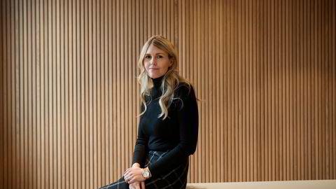 Anna Margaret Smedvig styrer en av Norges største privateide formuer fra kontorer i London. Her er hun fotografert ved åpningen av et hotell på universitetsområdet i Stavanger som familien finansierte byggingen av.
